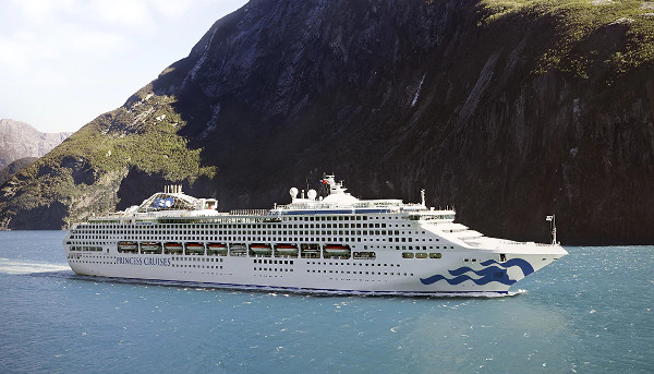 Navio Sea Princess